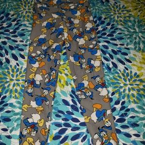 Lularoe kids leggins S/M DONALD DUCK